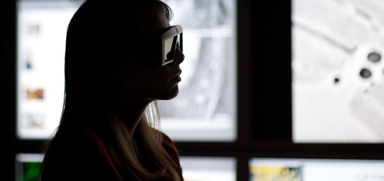 Oath brings VR ads