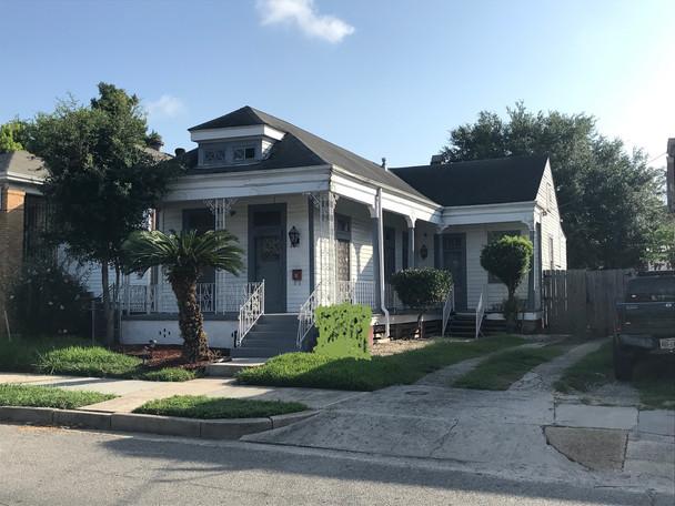 Laharpe St., New Orleans, LA