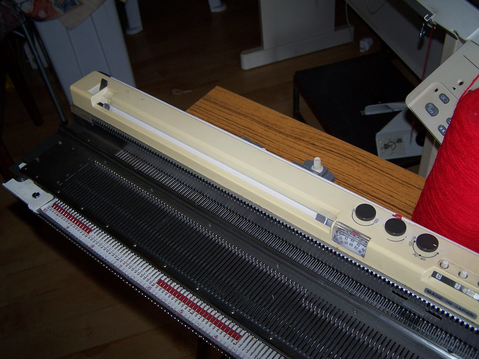 Knitmaster 700 with knitradar