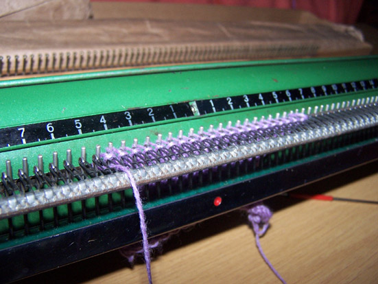 Knitting plain
