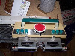 Knitmaster 305