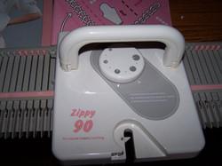Knitmaster Zippy