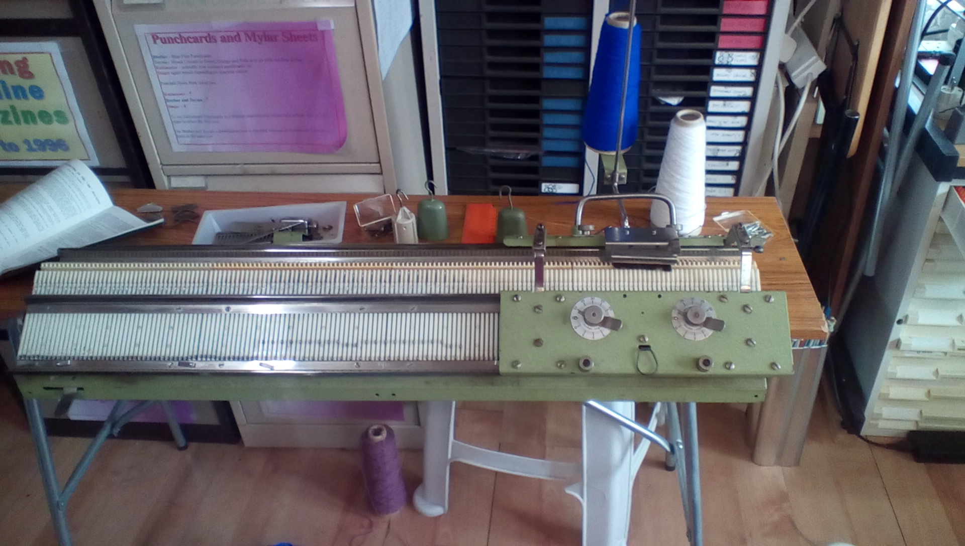 Rapidex 320 Knitting Machine