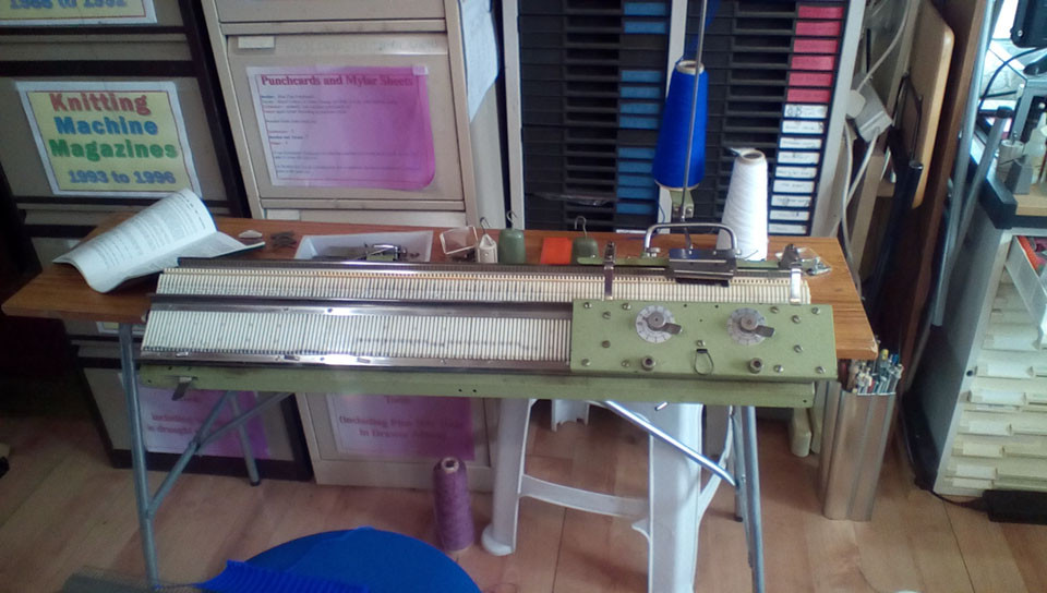Rapidex 320 Knitting Machine