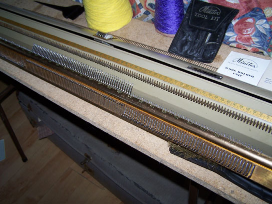 Minitex Knitting Machine