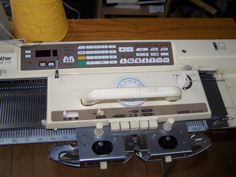 Brother 940 Electronic Knitting Machine