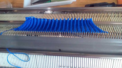 Rapidex 320 Knitting Machine sample