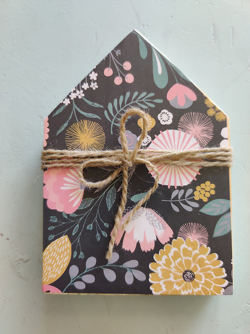 Dark Floral Mini Wood House 5""