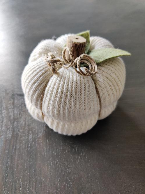 Small Cream Sweater Pumpkin