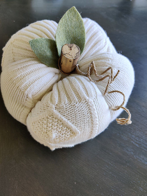 XL Ivory (with pattern) Sweater Pumpkin