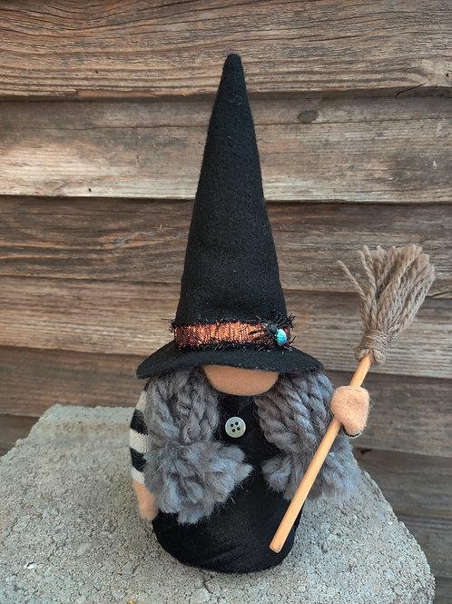 Luna Witch Gnome