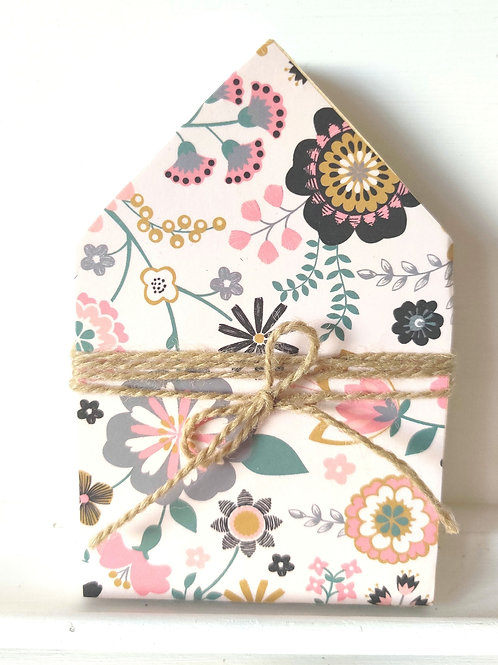 Pink Floral Mini Wood House 5""