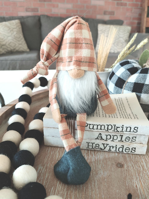 Rusty Plaid Fall Gnome