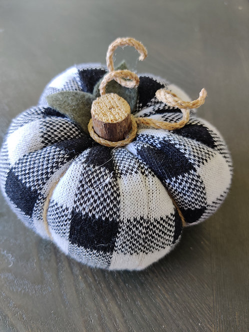 Small Buffalo Check Sweater Pumpkin