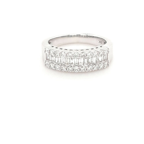 9ct Baguette & Round Diamond Ring