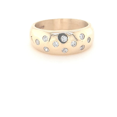 9ct Domed CZ Ring