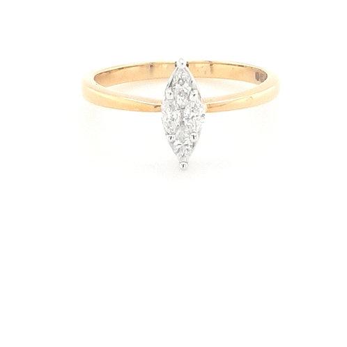 18ct Marquis Diamond Ring
