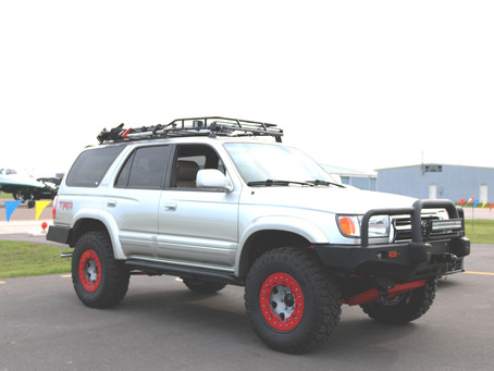 Life Above Traffic: Lifted Toyota 4Runner