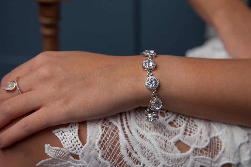 Round Halo Bracelet