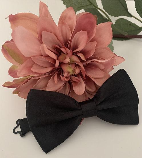 Plain Bow Tie