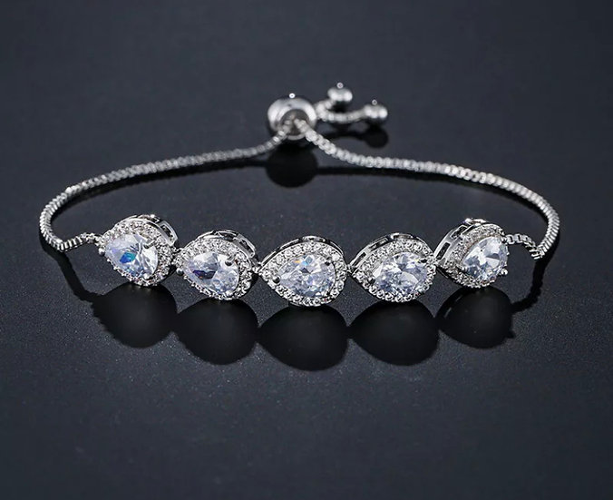 Pear Halo Adjustable Bracelet