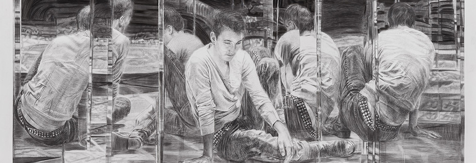 Miroiri, Pierre noire sur papier, 114 x 146 cm, 2014