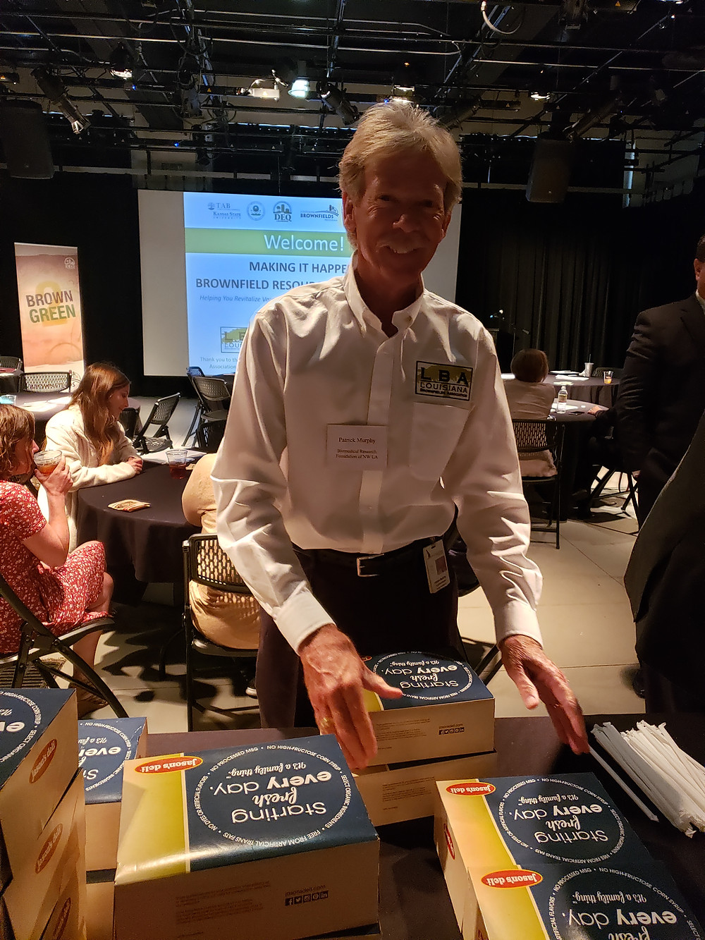 Pat Murphy gets lunch packed up after his talk.