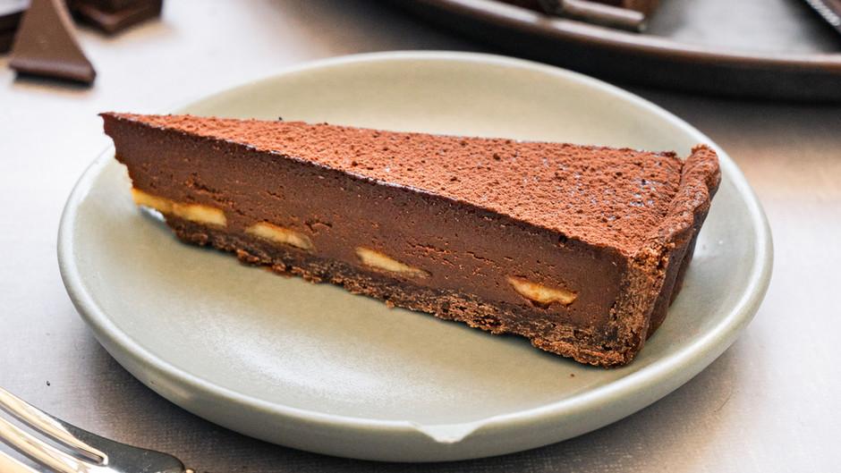 Chocolate miso tart w/ brûlée banana