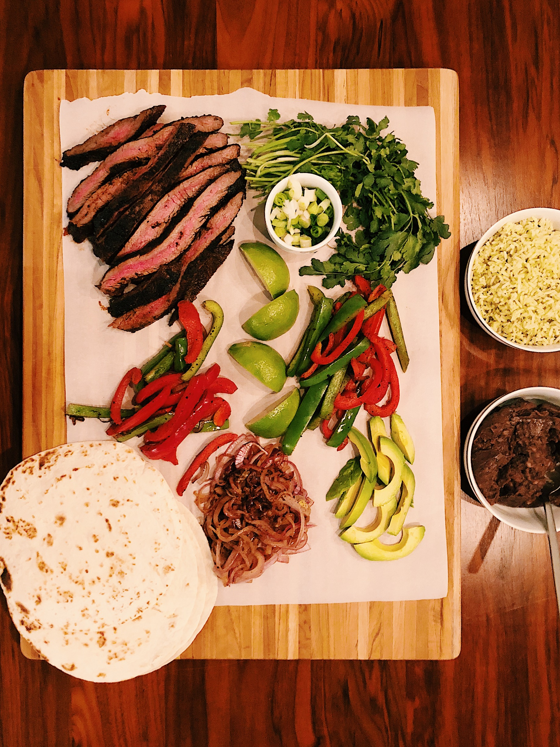 dry rubbed steak fajitas