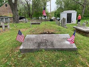 Graves 1.jpg