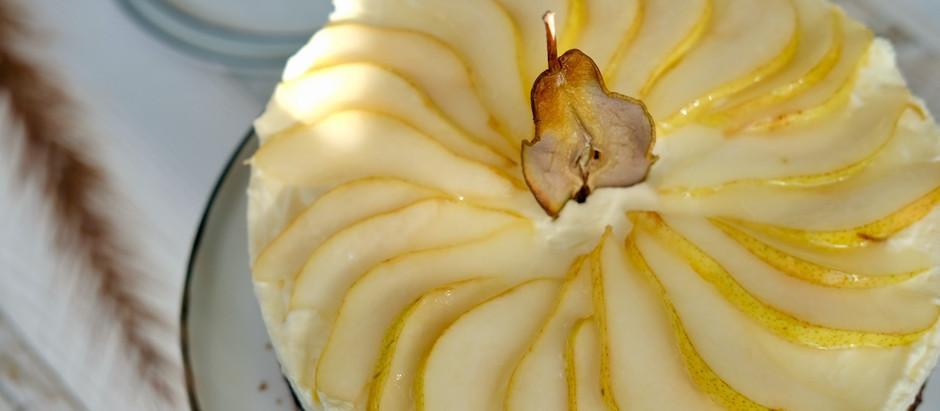 Holunder-Haselnuss-Torte mit Birne