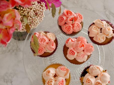Cupcakes mit verschiedenen Füllungen