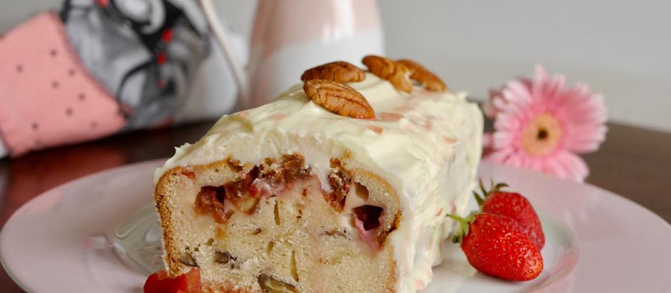Rhabarberkuchen mit Schokoglasur