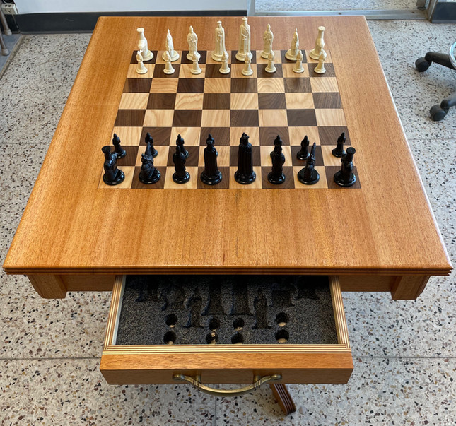 Dave A's Chess Table