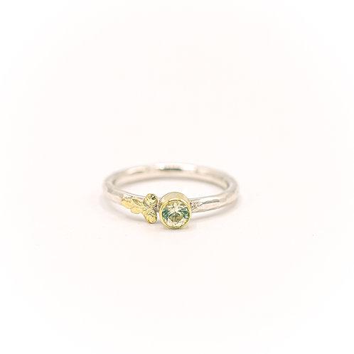Joy leaf ring