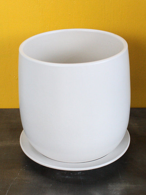 White egg-shaped pot