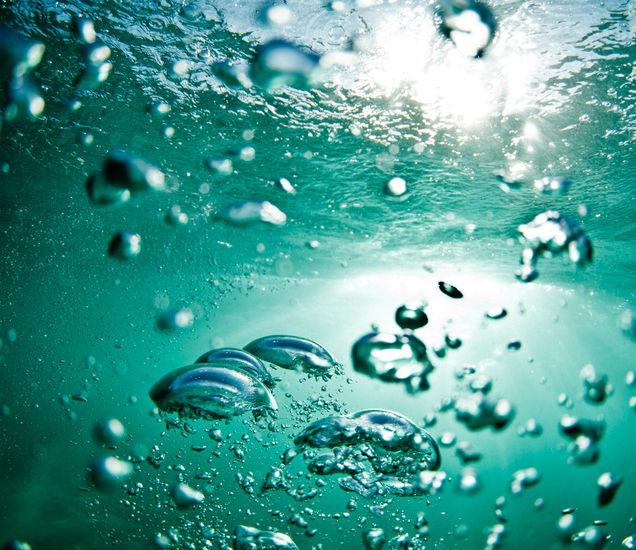 sea_bouyancing_drops.jpg