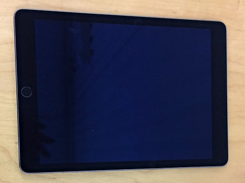 """USED - 2015 Apple iPad Air 2: 9.7"""" - 64 GB (No Charger)"""