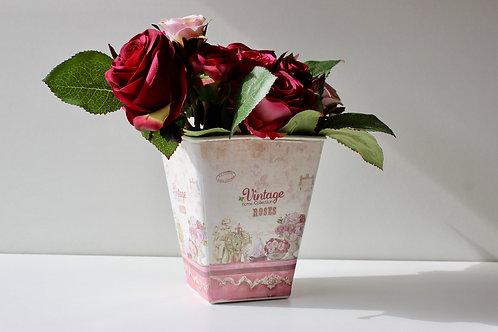 Pot avec fleurs vintage