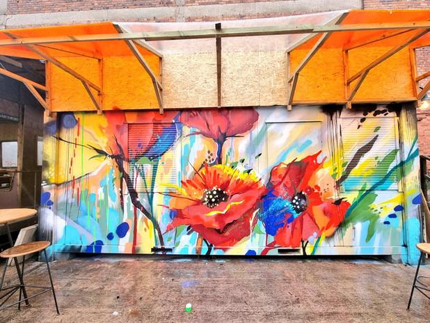 INVISIBLE WIND FACTORY ZAP GRAFFITI MURA