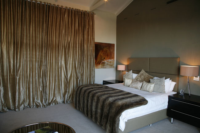 Mark Miller Furniture Bed Headboard