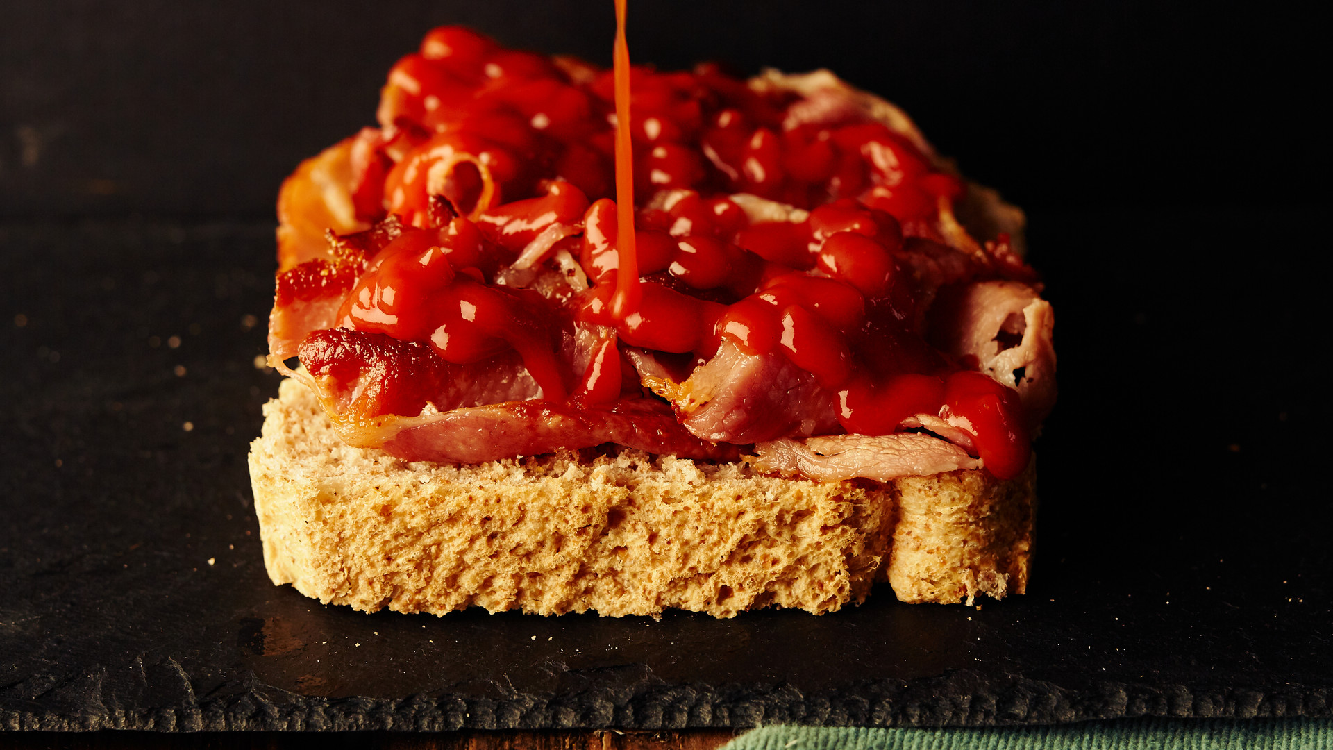 D1094-Lockdown Test Shoots Bacon Butty S