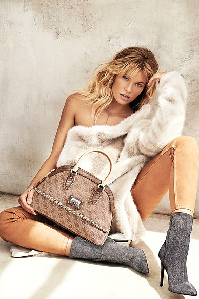guess-accessories-2014-fall-winter-campa