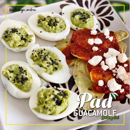 Huevos Rellenos de Guacamole