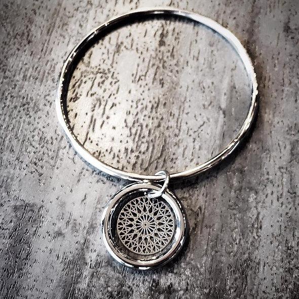 Jonc cercle évidé + rosace acier ♥