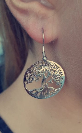 Boucle d'oreille col de signe arbre de vie acier