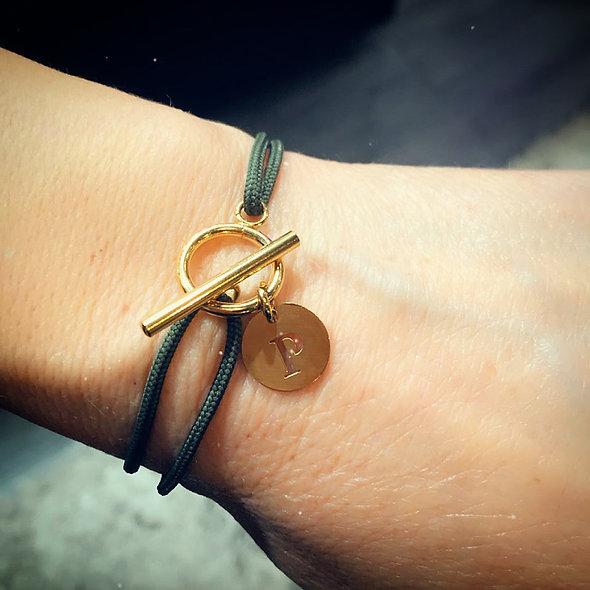 Bracelet cordon pampille personnalisée