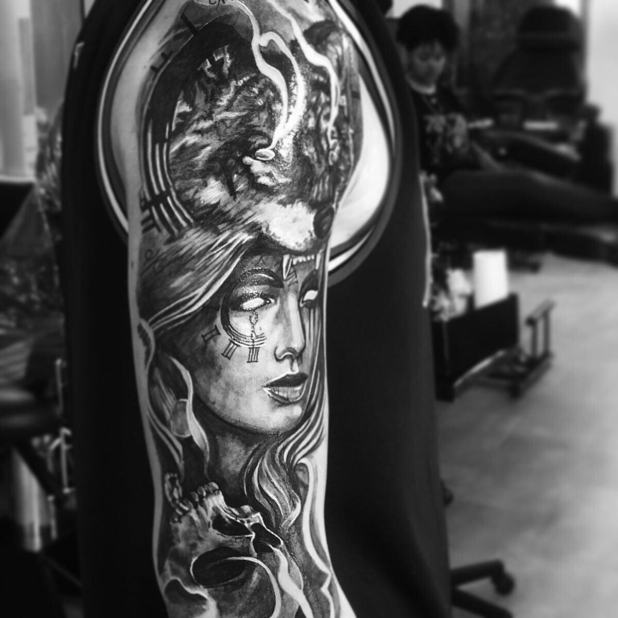 Full 5 hour tattoo-session
