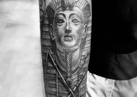 farao tattoo