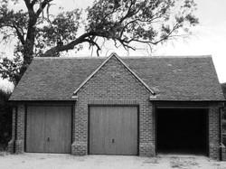 Triple garage for greenbelt property